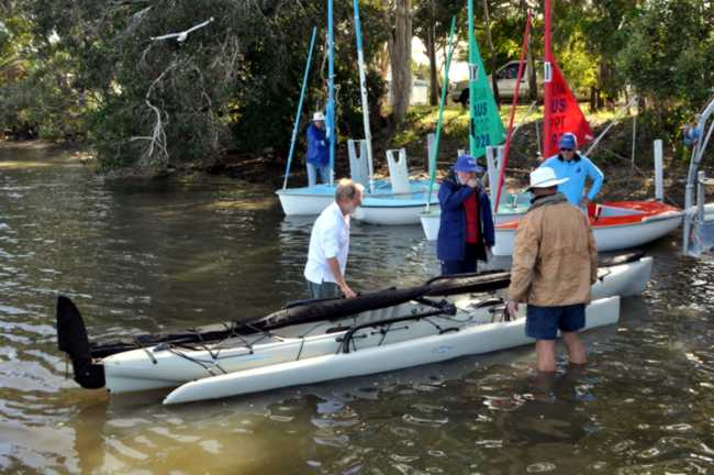 sailability_hobie_trimaran_inspection